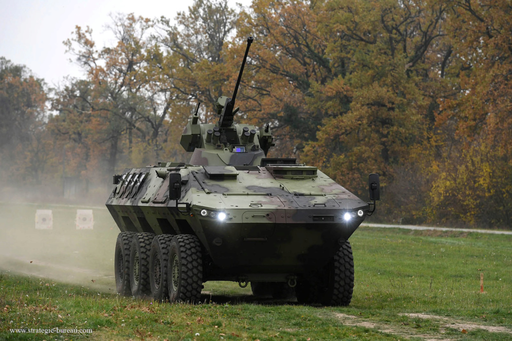 Livraison des premiers 8×8 Lazar-3 pour l'armée serbe Lazar-15