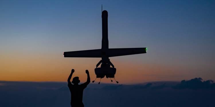 L'US Navy teste le V-BAT, l'impressionnant drone militaire Le-v-b10