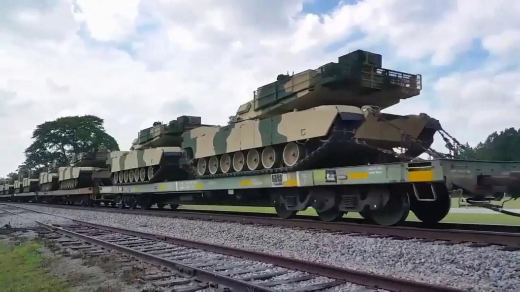 Dernière livraison de chars Abrams pour le Maroc Maxres12