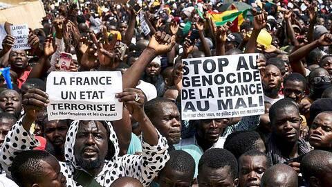 La France pourrait revoir son déploiement au Sahel si... Mjaxot18