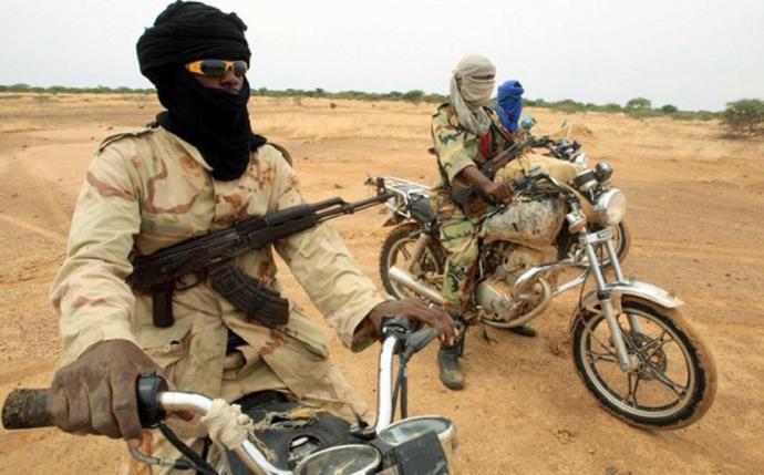 Une quinzaine de terroristes encore hors de combat Motos-11