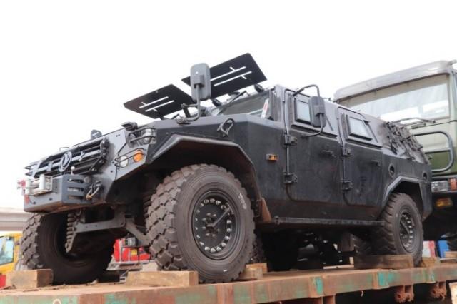 Des véhicules donnés par les USA... et la Chine pour la RCA  Rca-3-10