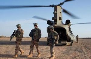 De l'importance des hélicoptères lourds à Barkhane S300_c10