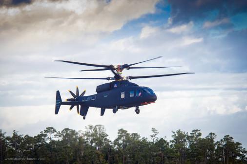 L'hélicoptère SB-1 Defiant a réalisé son premier vol Sb1_de11