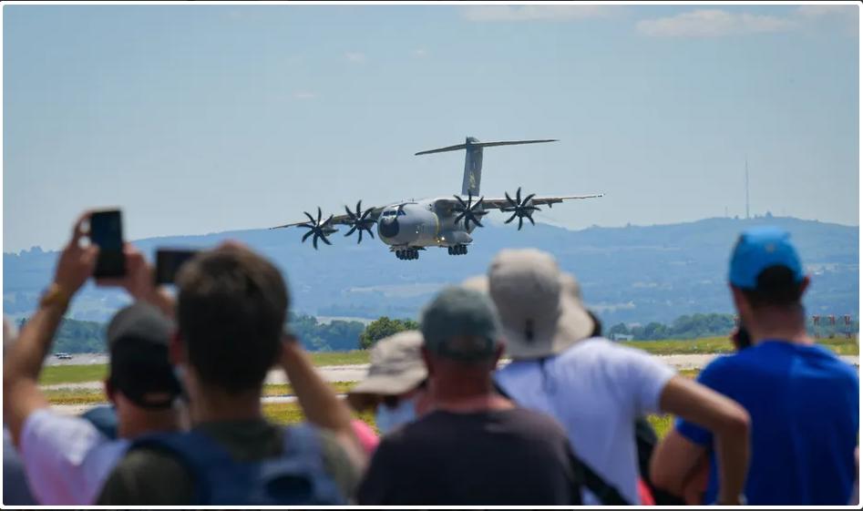 13 juin: fête de l'air à Limoges (87) Scree343