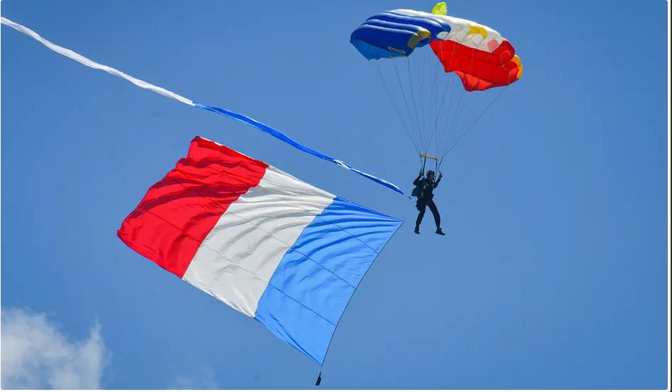 13 juin: fête de l'air à Limoges (87) Scree348