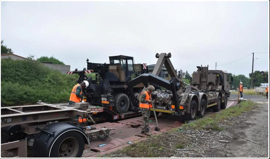 Trains spéciaux militaires pour le 14 juillet 2021 Screen86