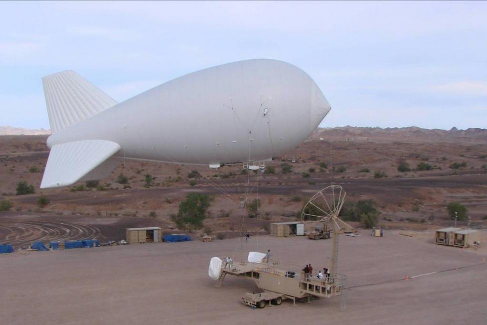 Des aérostats pour la surveillance du camp Castor State-10
