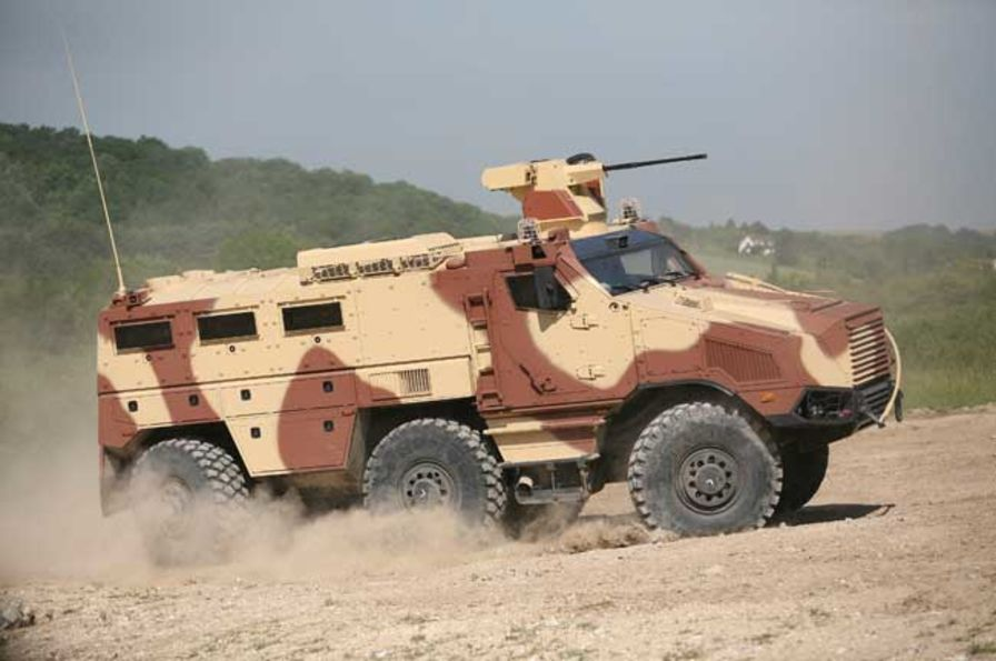 le TITUS de Nexter pour l'armée tchèque...2° round ! !  Titus-10