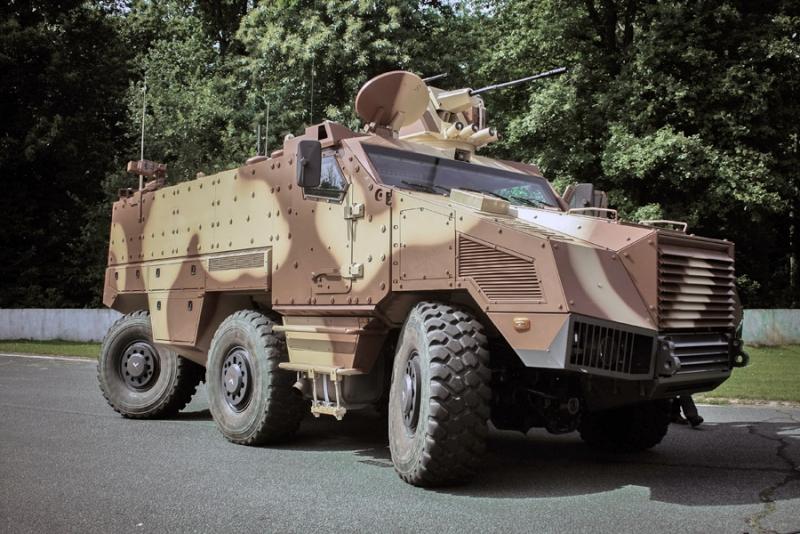 le TITUS de Nexter pour l'armée tchèque...2° round ! !  Titus210