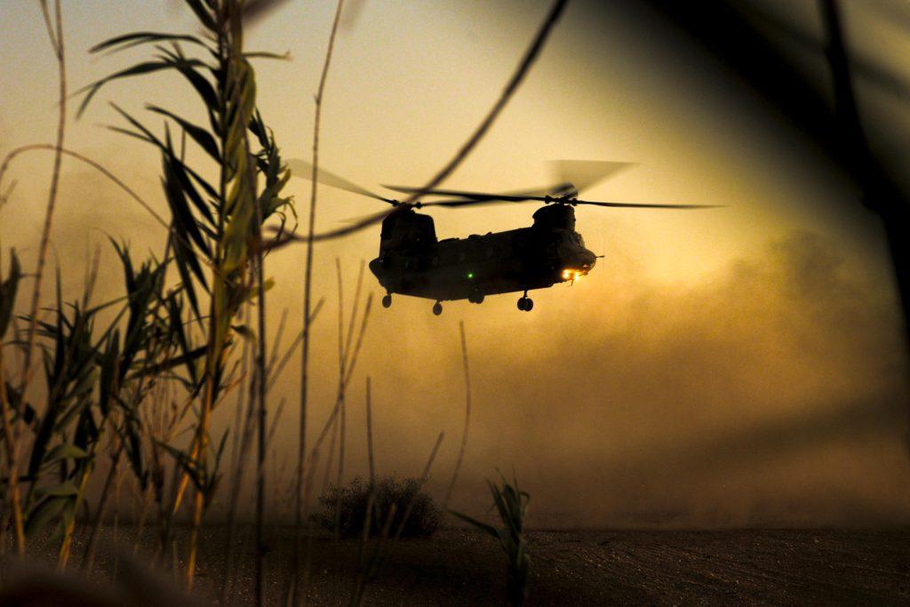 De l'importance des hélicoptères lourds à Barkhane Uk-chi10
