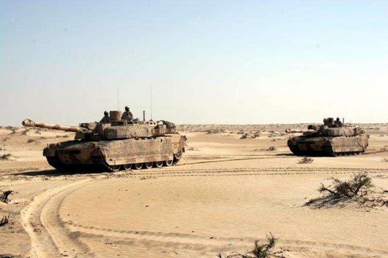 Le CEMAT veut (encore) projeter des Leclerc à... Barkhane ?! Yemen-10