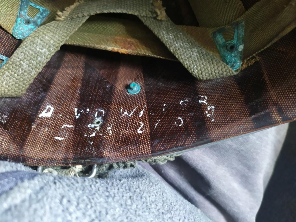 Identification soldat US par 1 casque lourd et 1 liner para,un peu d'aide, svp ! Img_2028