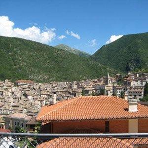 6 façons d'apprécier les villages italiens 00sulm10