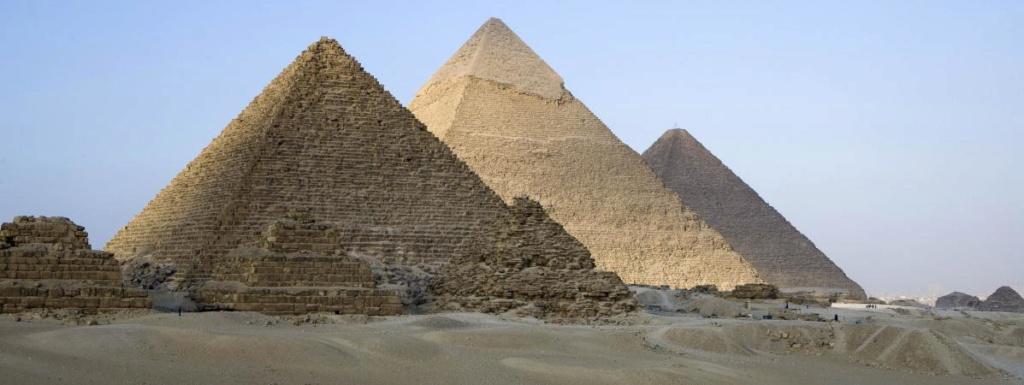 Les grandes pyramides d'Egypte ont-elles été construites par des tyrans ? 19802710