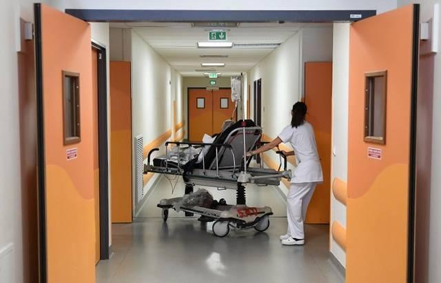 Santé : Des milliers de chefs de service menacent de démissionner des hôpitaux pour dénoncer le manque de moyens 640x1044