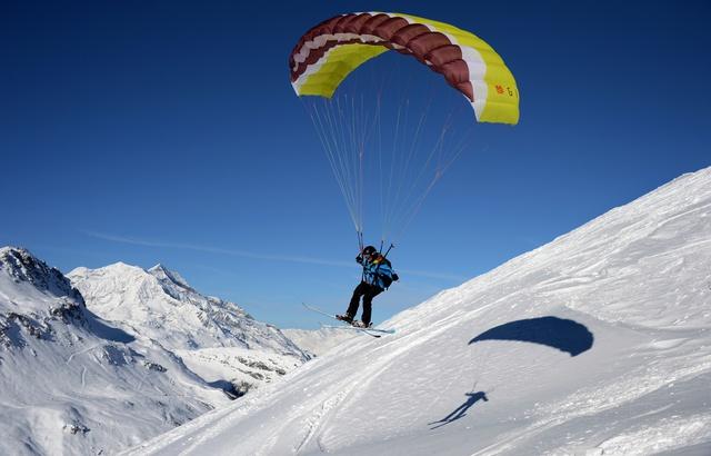 Un «speed rider» meurt au dessus de Chamonix 640x4111