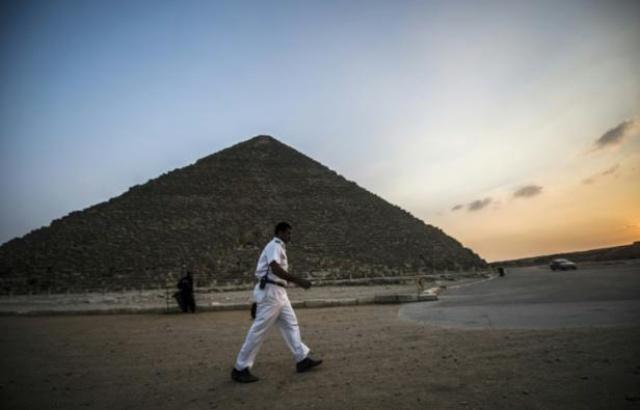 Egypte: Deux touristes vietnamiens tués et une dizaine de blessés dans une attaque contre un bus au Caire 640x4118