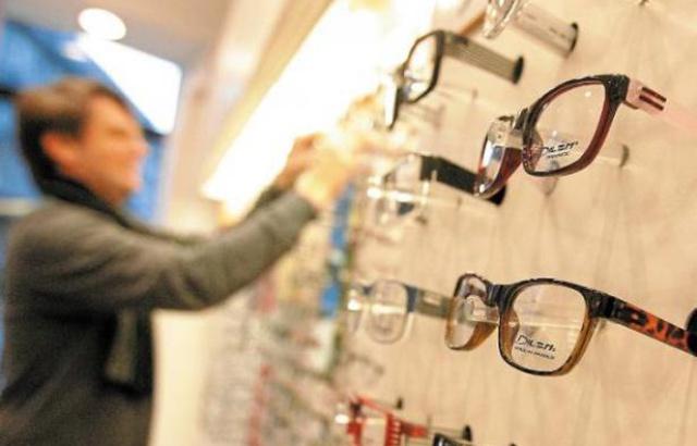 Rennes: Plus de 2.000 paires de lunettes volées en quelques minutes chez un opticien 640x4130