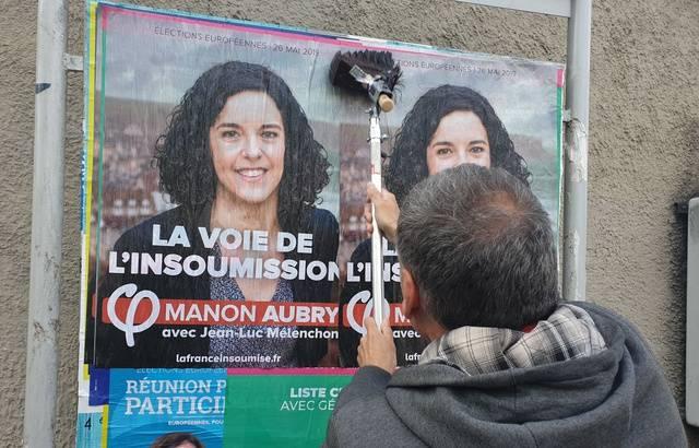 Elections européennes: Mélenchon dénonce la taille réduite des panneaux électoraux à Marseille 640x4513