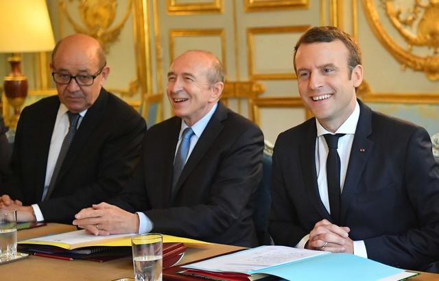Emmanuel Macron «ne changera pas» et devra «lutter contre sa propre nature», selon Gérard Collomb 640x4562