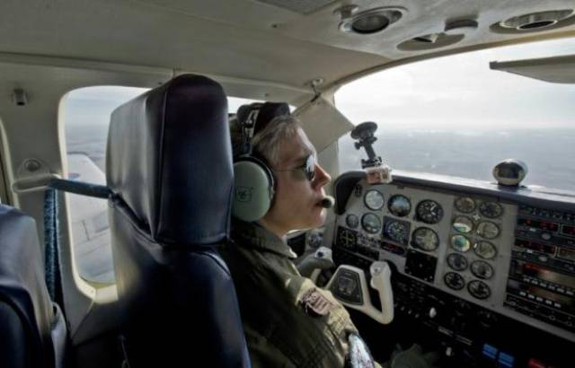 EasyJet et une association lancent une campagne pour recruter plus de femmes pilotes 640x4566