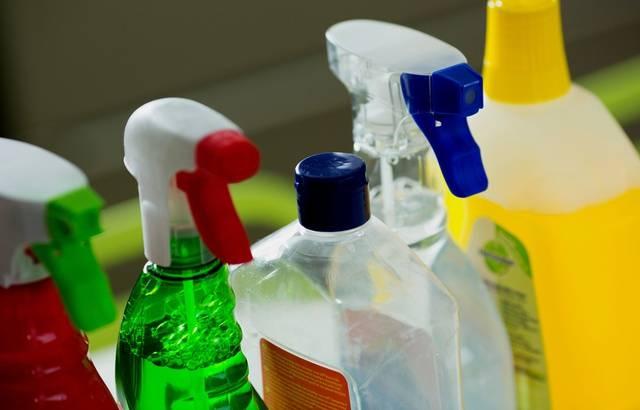 Produits ménagers : Comment choisir les plus sains pour la santé et l'environnement 640x4745