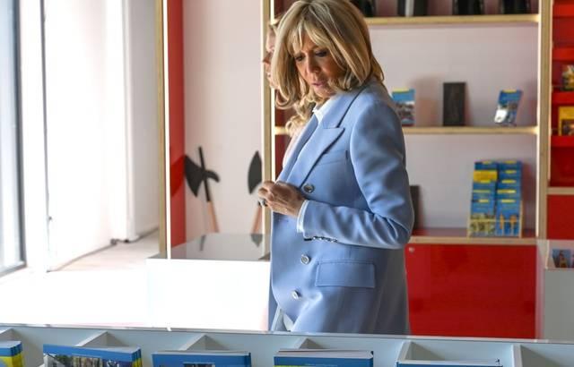 Brigitte Macron dit « Muito obrigada ! » aux Brésiliens qui la soutiennent 640x4749
