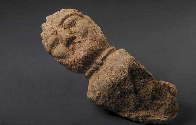 Bretagne : Quatre bustes gaulois découverts sur un chantier de fouilles 640x4837