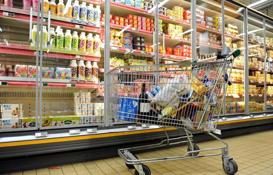 Lorient: Un enfant éteint la vidéosurveillance du supermarché et dérobe l'équivalent de 2.800 euros 960x6135