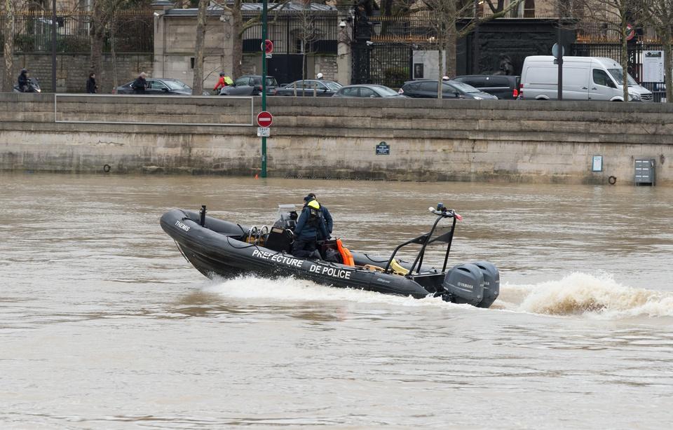 Paris: Un nouveau corps repêché dans la Seine 960x6174