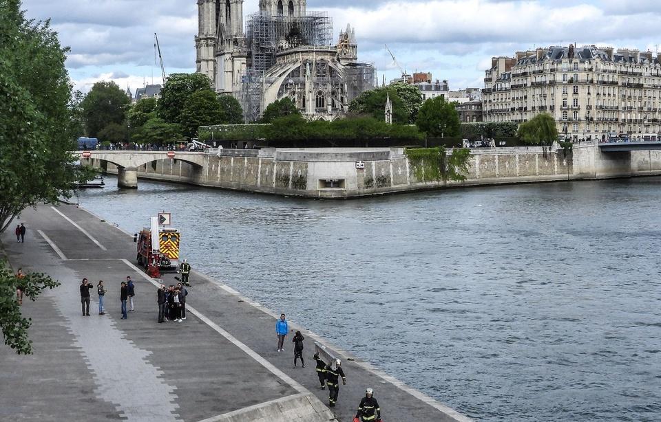 Incendie à Notre-Dame de Paris: Pourquoi le débat sur la restauration est-il si crispant? 960x6597