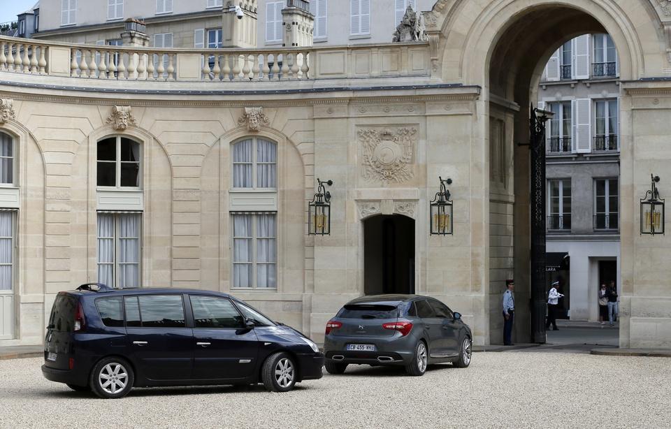 Elysée: Un chauffeur d'Emmanuel Macron écarté après avoir pris la fuite à la suite d'un excès de vitesse 960x6600