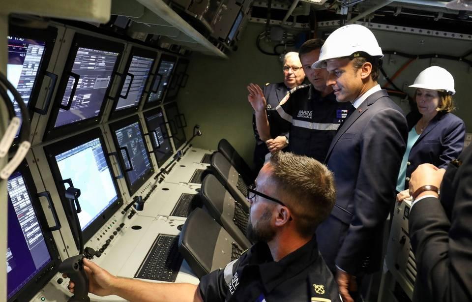 Emmanuel Macron lance officiellement le nouveau sous-marin nucléaire français  960x6829