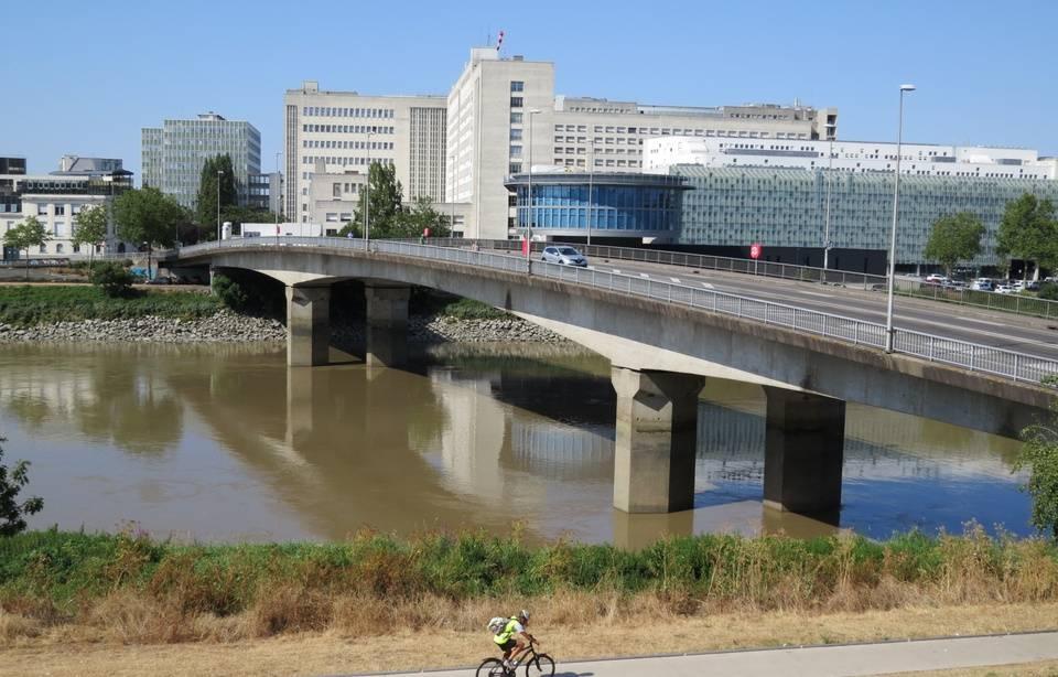 Pont effondré à Gênes: La France dresse l'état des lieux de ses ouvrages  960x6892