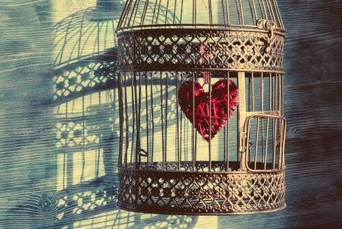 Le Prince et l'hirondelle, un conte sur l'attachement dans le couple Coeur-10