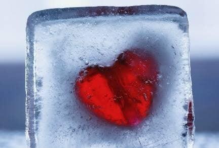 Vivre avec un partenaire alexithymique : un froid relationnel Coeur-11