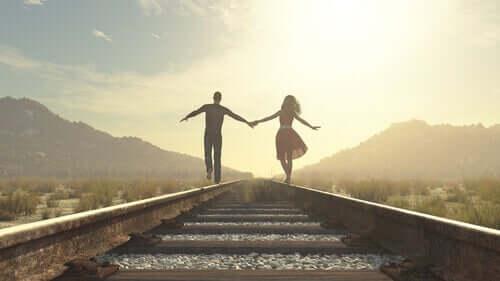 Comment gagner de l'autonomie dans vos relations ? Couple58