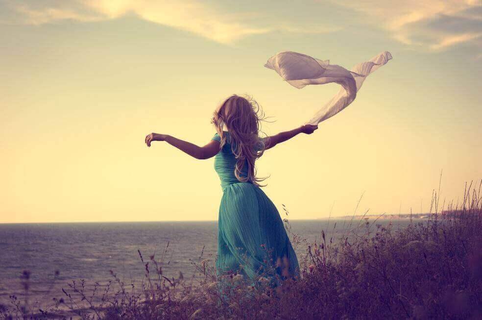 7 règles pour affronter la solitude non désirée Femme-23