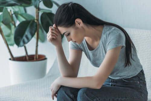 Comment affronter une baisse de moral ? Femme110