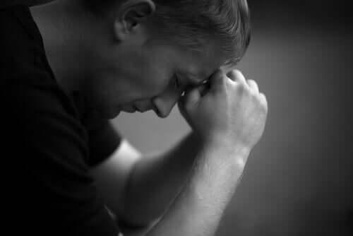 Les séquelles de l'abus sexuel infantile chez les hommes Homme-25