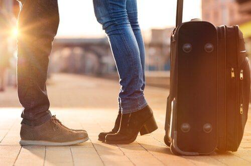Comment préserver l'intimité de couple malgré la distance ? Jambes10