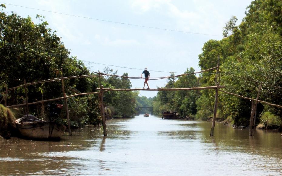Top 5 des ponts les plus dangereux du monde Monkey10