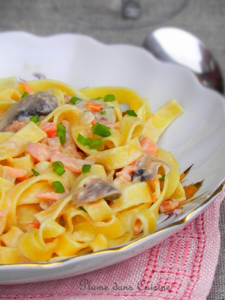 Pâtes crémeuses au saumon et champignons Pc3a2t10