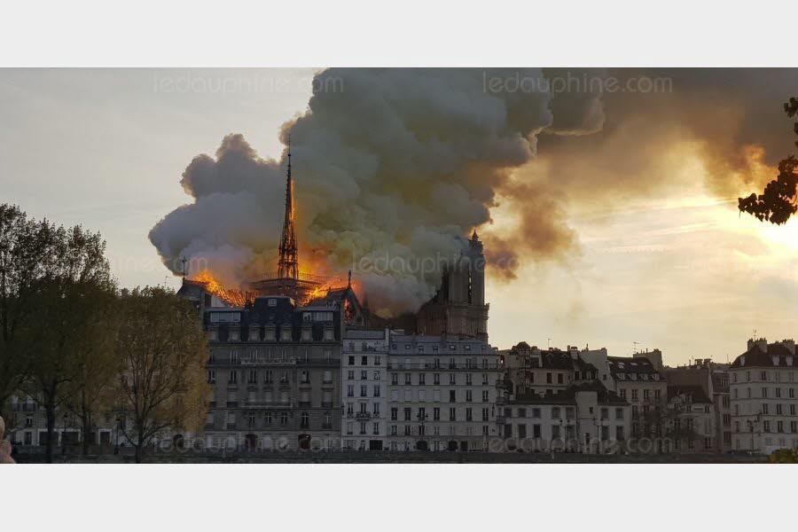 Important incendie à la cathédrale Notre-Dame de Paris Photo-14