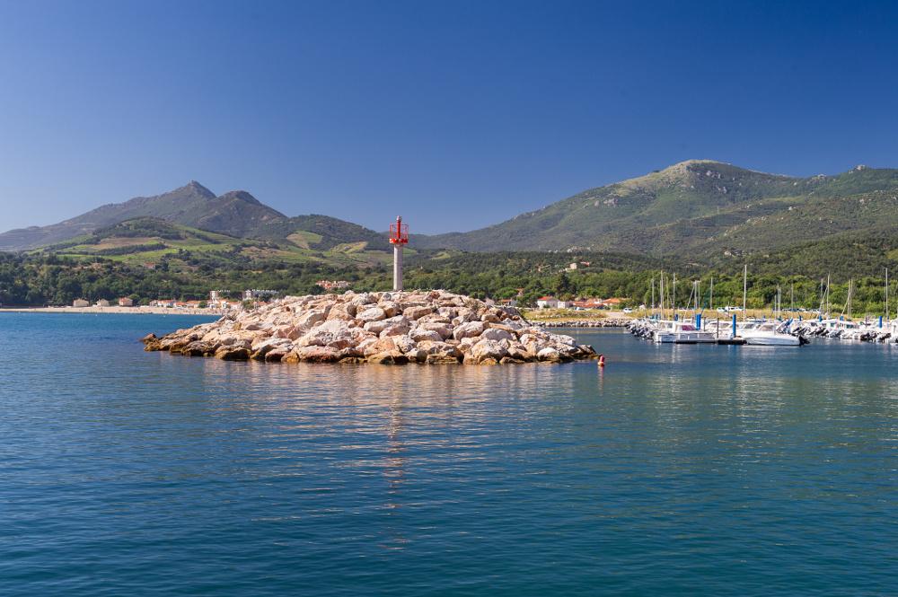 Entre mer et montagne, Argelès, un grand bain de nature Port_a10