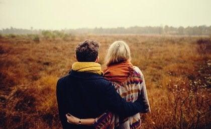 Une relation nécessite plus d'engagement et moins de sacrifices Relati12