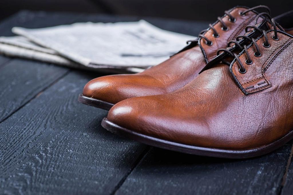 10 trucs astucieux pour nettoyer tous les types de chaussures Soulie10