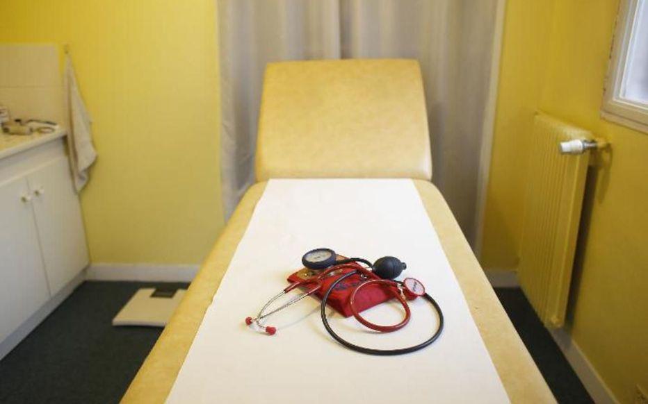 Dans le Doubs, une commune paie les études de son futur médecin Vepcu710