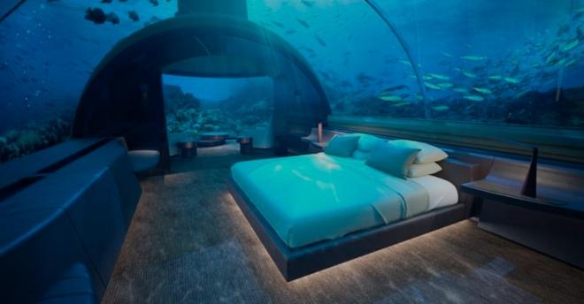 La première villa sous-marine du monde vient d'ouvrir aux Maldives et elle coûte 50 000 dollars la nuit ! Villa210